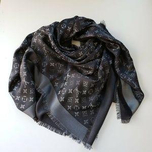 Louis Vuitton Monogram Shawl Black Lurex M75123